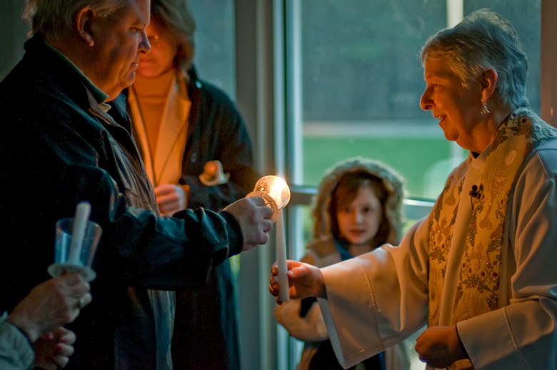 20090411_Easter Vigil_4333-Edit